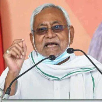 नीतीश कुमार ने ली बिहार के सातवें मुख्यमंत्री के तौर पर शपथ