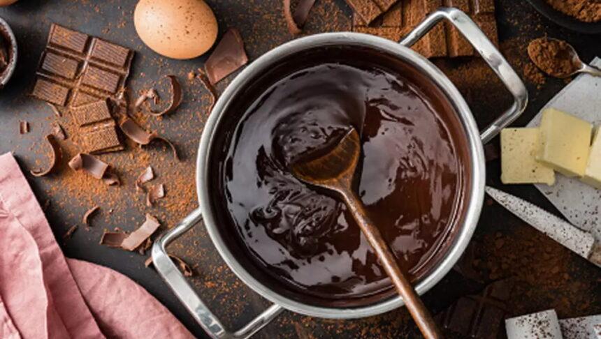 घर पर बनाएं चॉकलेट और जितना चाहे उतना खाएं, जानें बनाने की विधि