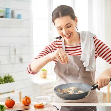 नमक-मिर्च-मसाला खाने में अधिक हो जाए तो कीजिए ये उपाय