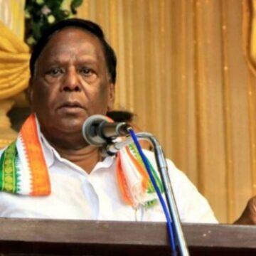 पुडुचेरी में कांग्रेस सरकार पर संकट गहराता, विपक्ष ने बहुमत साबित करने को कहा