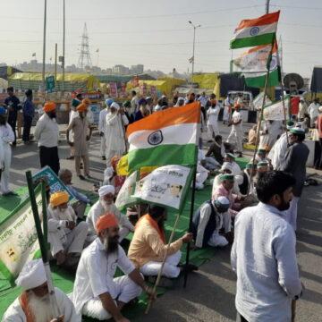 किसान आंदोलन के 4 महीने पूरे, भारत बंद के मौके पर किसानों ने लगाया हाइवे पर लंगर