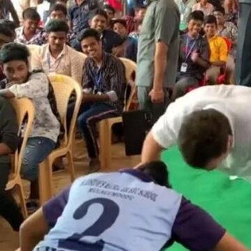 छात्रों के साथ मार्शल आर्ट और पुशअप्स करते देखे गए राहुल गांधी, देखें वीडियो