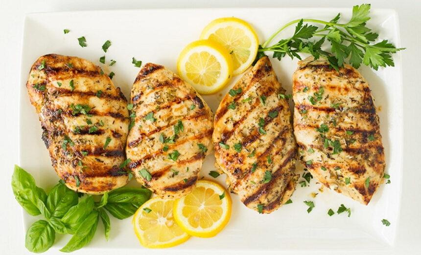 आज घर पर ही बनाएं लेमन पेपर चिकन, जानें लजीज डिश की आसान रेसिपी