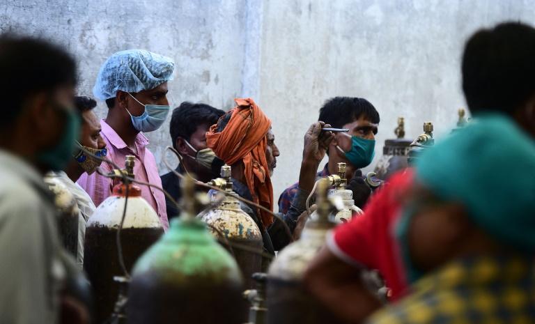 मोदी सरकार ने कहा, दूसरी लहर में किसी की मौत ऑक्सीजन की कमी से नहीं हुई