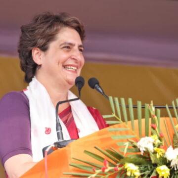 BJP उम्मीदवार के कार में EVM मशीन! प्रियंका गांधी ने चुनाव आयोग पर उठाए सवाल