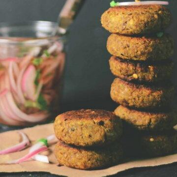 कुछ लजीज खाना है तो बनाएं रमजान स्पेशल शामी कबाब, जानें बनाने की रेसिपी