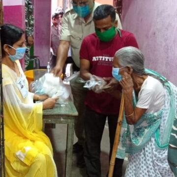 कोरोना महामारी के बीच पश्चिम बंगाल में छठे चरण का मतदान जारी