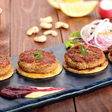 लखनऊ की मशहूर चिकन गलौटी कबाब ट्राई कीजिए, मजा आ जाएगा