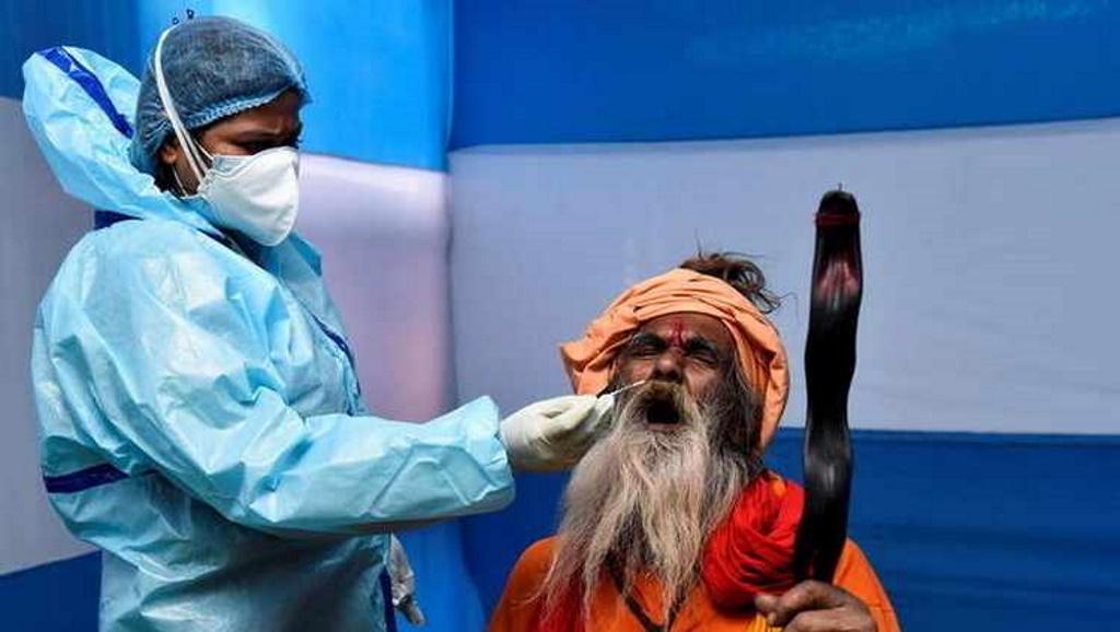 कुंभ: एक ही किट से जांच किए 700 सैम्पल, अब तक 4 लाख कोरोना रिपोर्ट निकला नकली