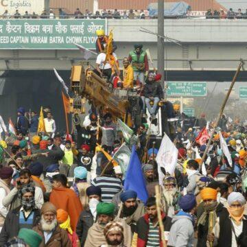 भारतीय किसान यूनियन के 200 कार्यकर्ताओं पर FIR दर्ज, तोड़फोड़ का आरोप
