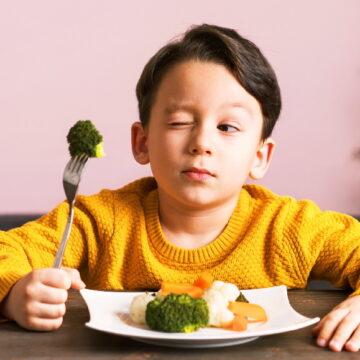 छोटे बच्चों का आहार कैसा होना चाहिए? आइए जानते हैं FSSAI क्या कहता है