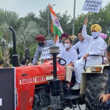 राहुल गांधी ट्रैक्टर चलाकर संसद पहुंचे, कहा- काला कृषि कानून वापस लो