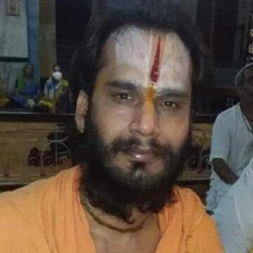 उत्तर प्रदेश में एक और साधु की संदिग्ध हालात में मौत, मंदिर की तीसरी मंजिल से गिरे