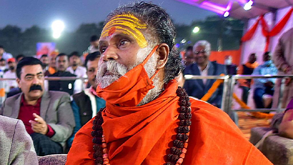 नरेंद्र गिरी केस में 6 से अधिक राजनीतिक और गैर-राजनीतिक लोग हिरासत में लिए गए