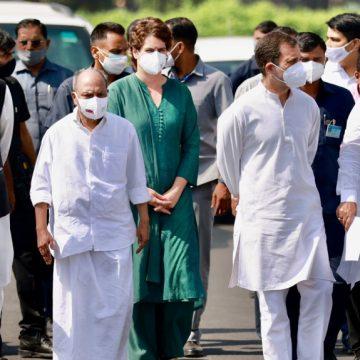 राहुल गांधी के नेतृत्व में राष्ट्रपति से मिला कांग्रेस डेलिगेशन, रखी अजय मिश्रा को हटाने की मांग